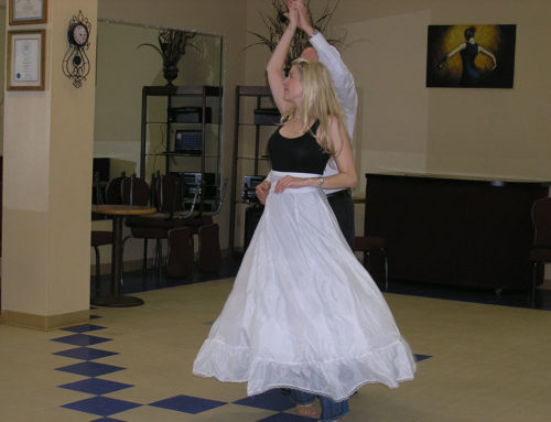 Congratulations on your engagement! How to Convince Your Partner to Dance